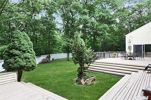 1117 Cedar Ridge Rd, Upper Brookville, NY - USA (photo 2)