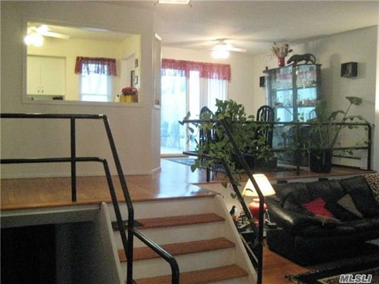 17 Tollgate Dr, East Northport, NY - USA (photo 4)