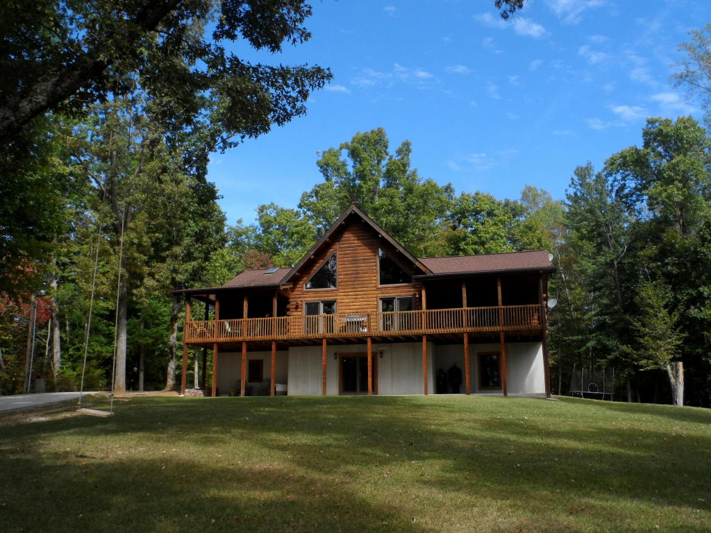 2 1/2 Story,Residential, Cabin,Log - Lafollette, TN (photo 1)