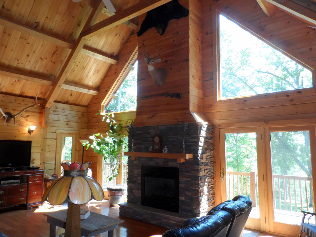 2 1/2 Story,Residential, Cabin,Log - Lafollette, TN (photo 3)