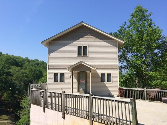 2 Story,Residential, Chalet - Lafollette, TN (photo 2)