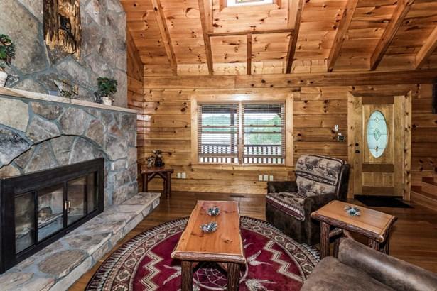 2 Story Basement,Residential, Cabin,Log - Sevierville, TN (photo 4)