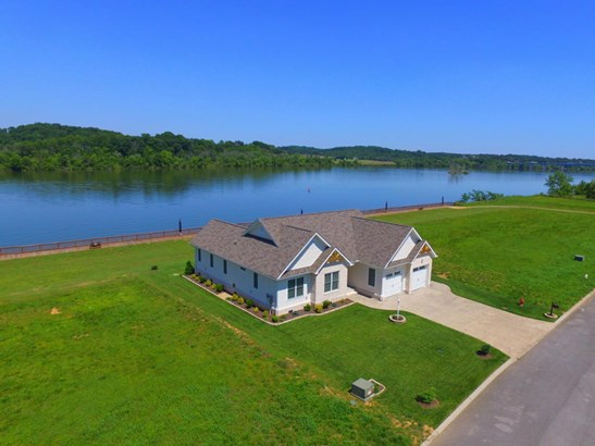 Ranch,Residential, Traditional - Loudon, TN (photo 1)