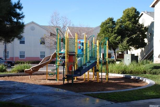 7716 Mimosa Way, Sacramento, CA - USA (photo 3)