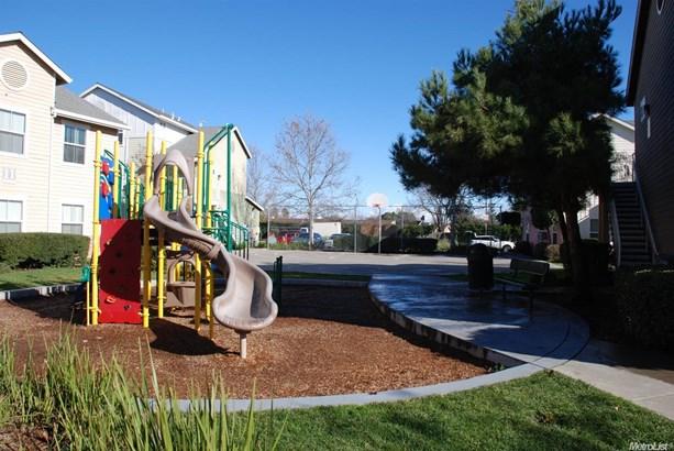 7700 Mimosa Way, Sacramento, CA - USA (photo 3)