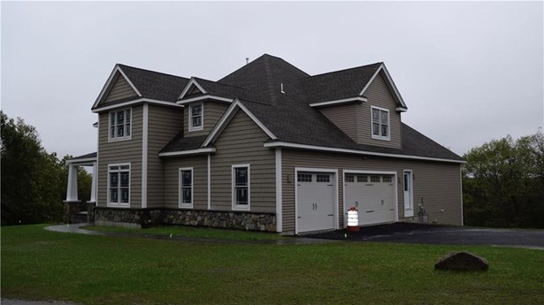 Colonial, Cross Property - Cumberland, RI (photo 4)