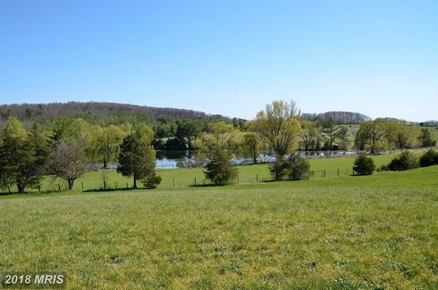 2043 Pleasant View Rd, Mount Jackson, VA - USA (photo 2)