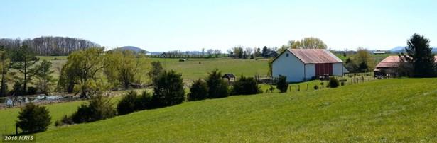 2043 Pleasant View Rd, Mount Jackson, VA - USA (photo 3)