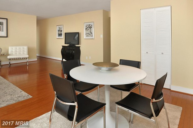 1220 Blair Mill Rd 805, Silver Spring, MD - USA (photo 5)