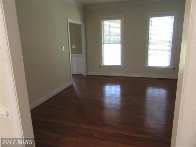 8909 Old Block House Ln, Spotsylvania, VA - USA (photo 5)