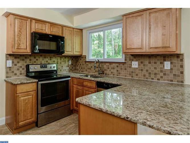 7 Coventry Cir W, Marlton, NJ - USA (photo 2)