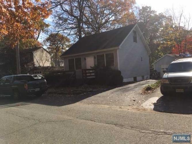 18 Dunham Rd, West Milford, NJ - USA (photo 3)