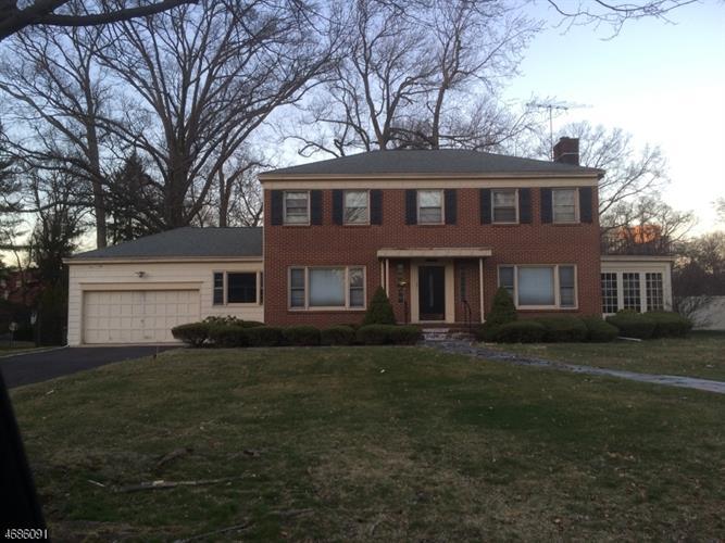 393 Hartford Rd, South Orange, NJ - USA (photo 1)
