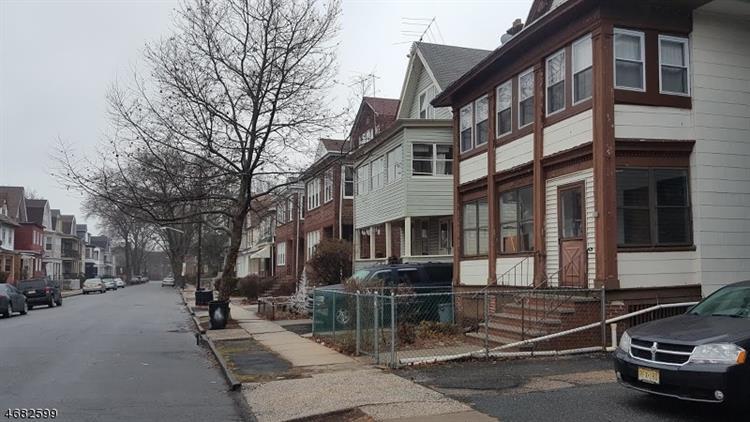 511 Norwood St, East Orange, NJ - USA (photo 2)