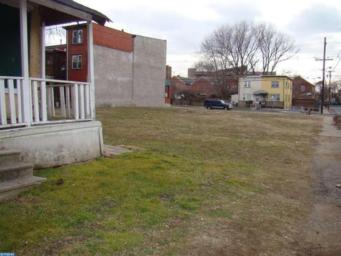 15 Walnut Ave, Trenton, NJ - USA (photo 3)