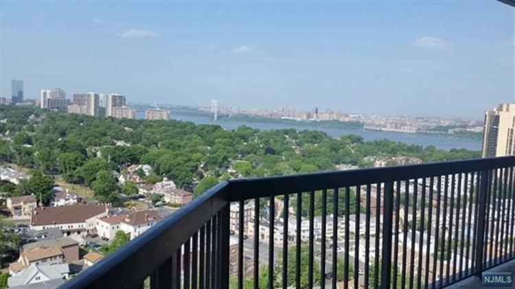770 Anderson Ave 23k, Cliffside Park, NJ - USA (photo 3)