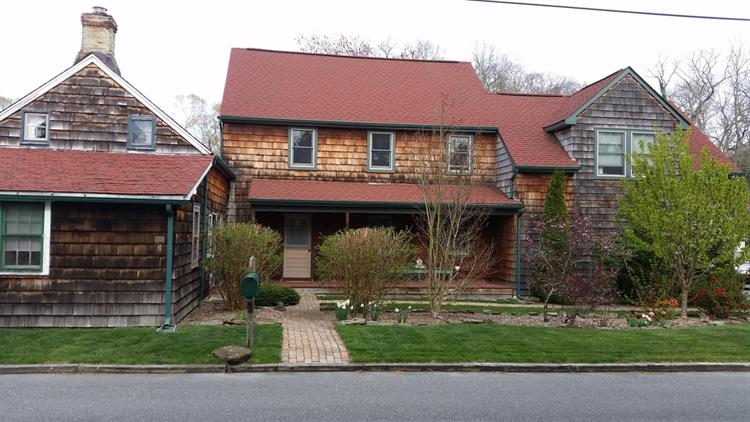 9 Westcott Avenue, Waretown, NJ - USA (photo 1)
