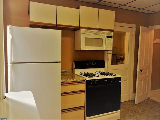 541 Buttonwood St, Norristown, PA - USA (photo 5)
