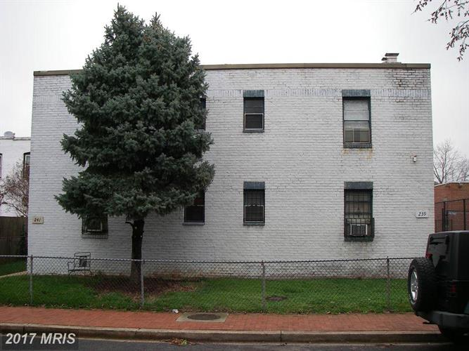 239 12th Pl Ne, Washington, DC - USA (photo 1)