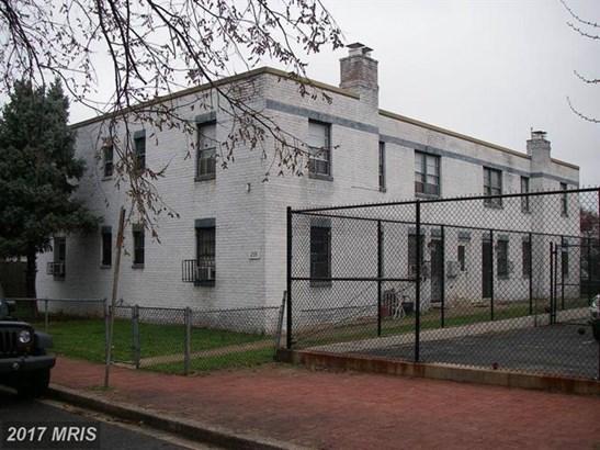 239 12th Pl Ne, Washington, DC - USA (photo 3)