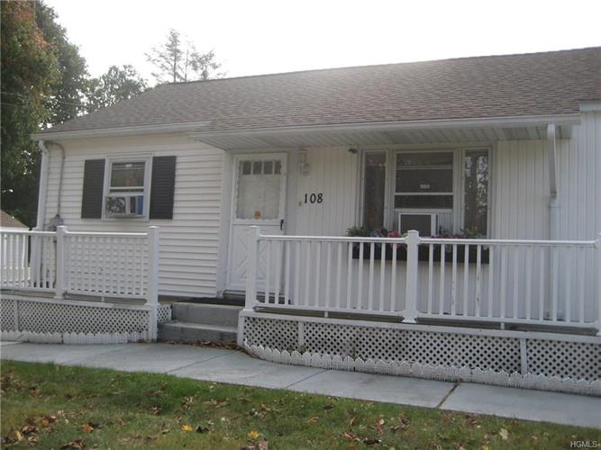 108 East Eckerson Road, Spring Valley, NY - USA (photo 1)