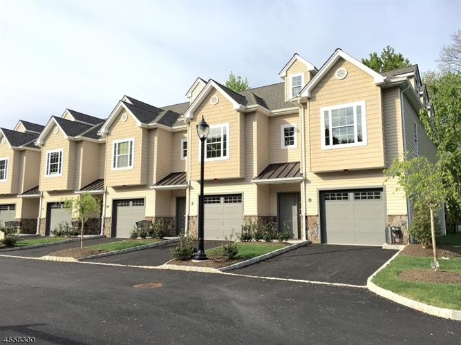 12 North Ridge Circle 12, East Hanover, NJ - USA (photo 1)