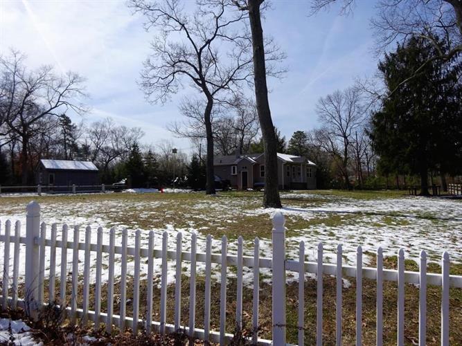 182 Lanes Pond Road, Howell, NJ - USA (photo 2)