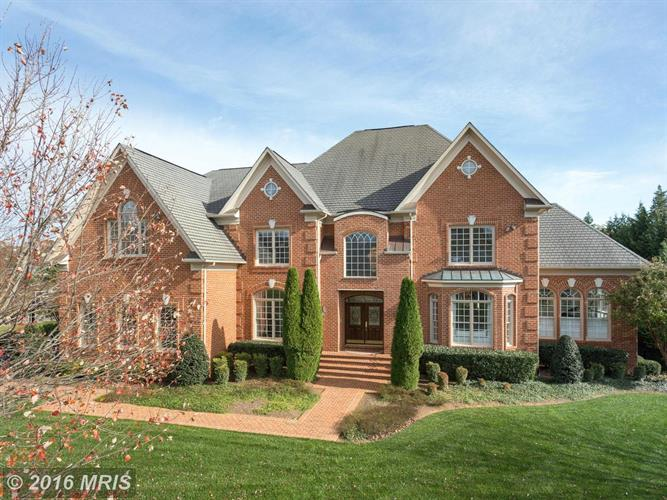 2601 Sledding Hill Rd, Oakton, VA - USA (photo 1)