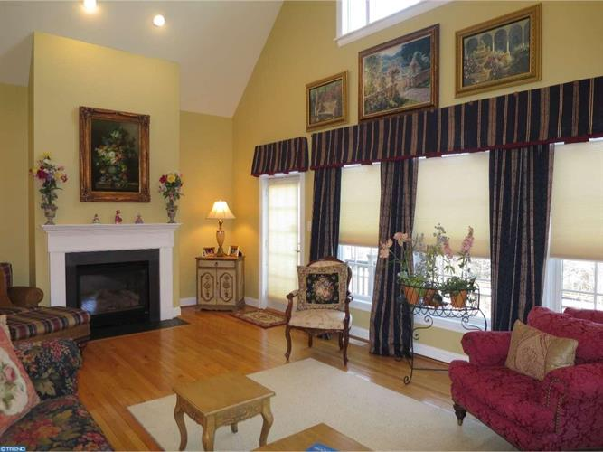 3 Collins Mill Ct, Moorestown, NJ - USA (photo 1)
