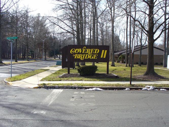 229 Medford Court D, Manalapan, NJ - USA (photo 1)