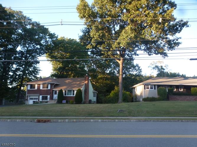 95 E Lindsley Rd, Cedar Grove, NJ - USA (photo 3)