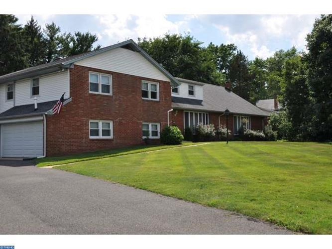 2613 Riverton Rd, Cinnaminson, NJ - USA (photo 1)