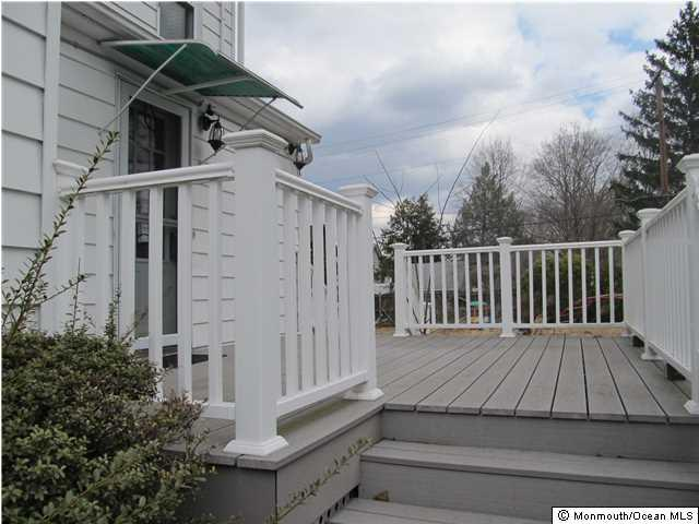 17 Stockton Avenue, Jamesburg, NJ - USA (photo 3)