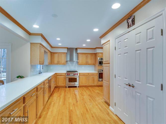 11728 Quay Rd, Oakton, VA - USA (photo 4)