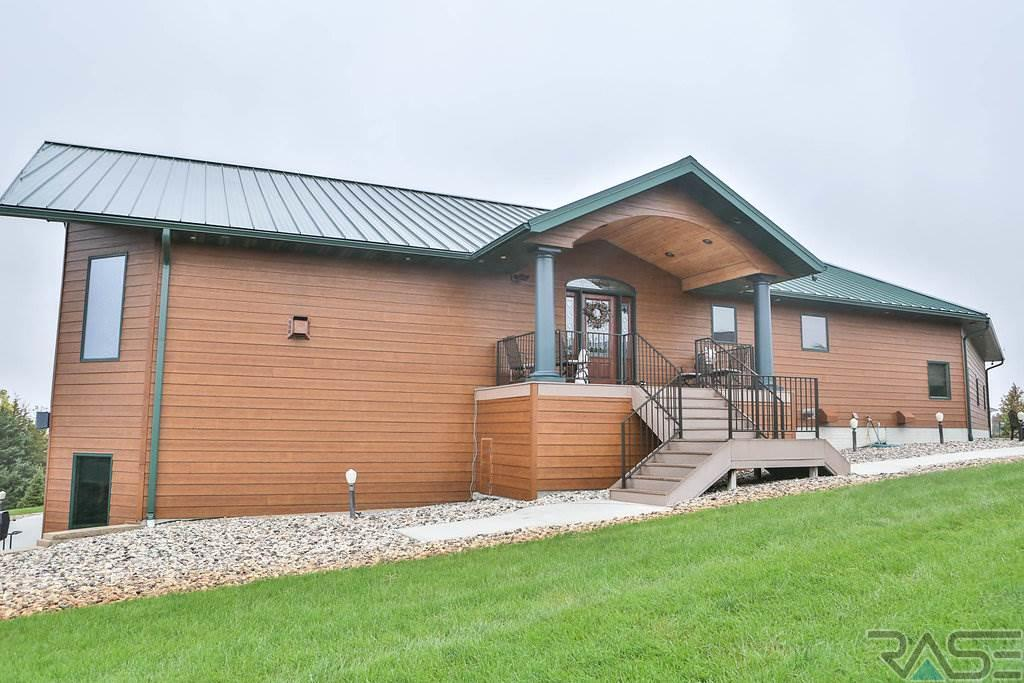Ranch, Single Family - Mitchell, SD (photo 2)