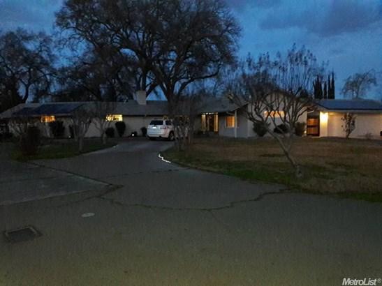 9149 Connie Ave, Stockton, CA - USA (photo 4)