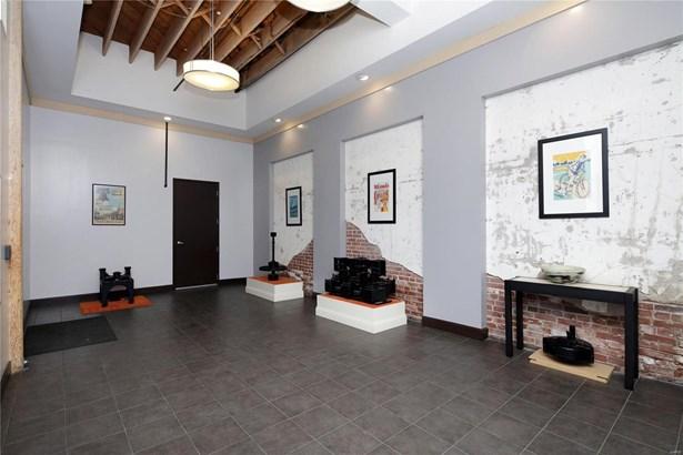 Condo,Condo/Coop/Villa, Historic,Loft - St Louis, MO (photo 2)