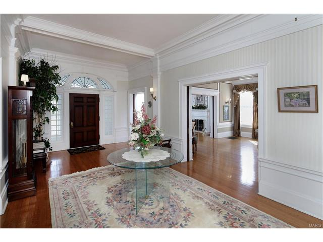 Historic,Manse,Traditional, Residential - St Louis, MO (photo 4)