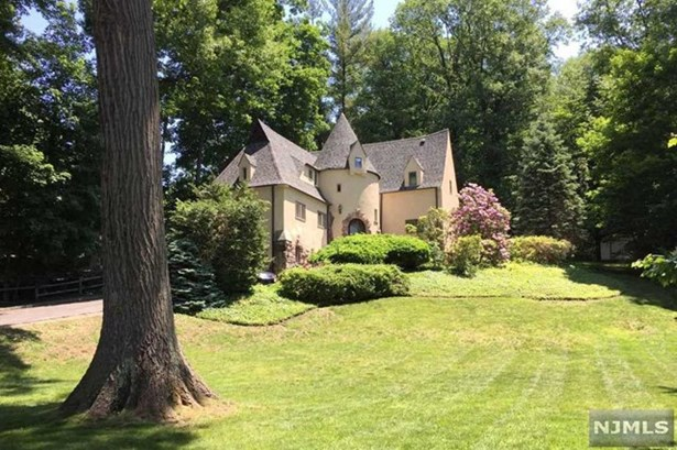 75  Forest Rd, Tenafly, NJ - USA (photo 1)