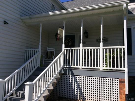 Two Story, Single Family - Lynchburg, VA (photo 5)