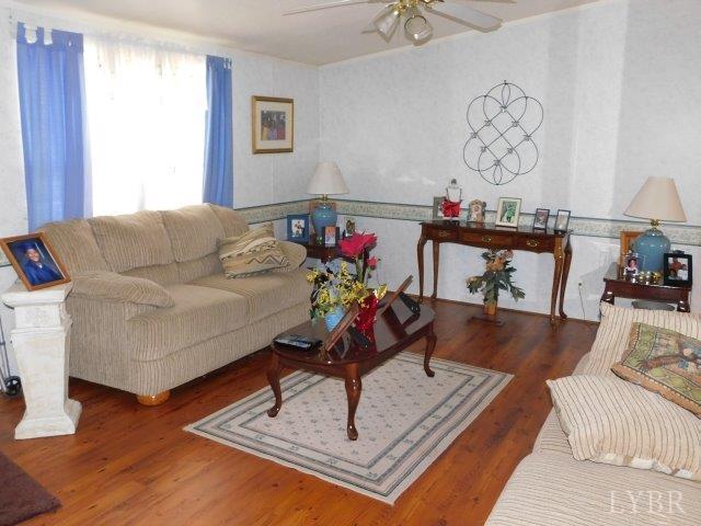 Single Family Residence, Doublewide - Gladys, VA (photo 2)