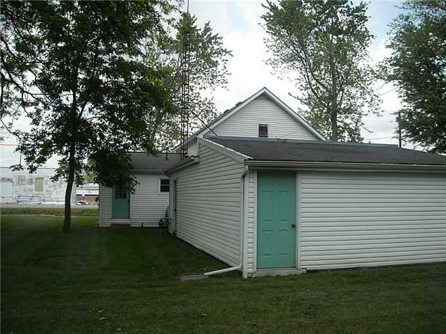 Lee Avenue 121, Holgate, OH - USA (photo 5)