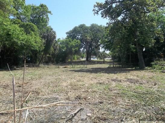 Single Family Lot - Holly Hill, FL (photo 1)