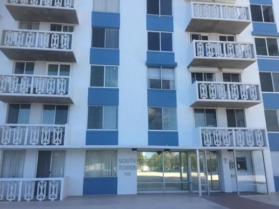 Condominium - Daytona Beach, FL (photo 2)