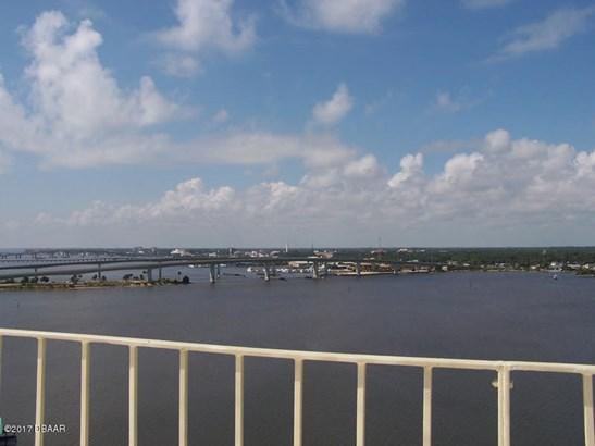 Condominium - Daytona Beach, FL (photo 3)