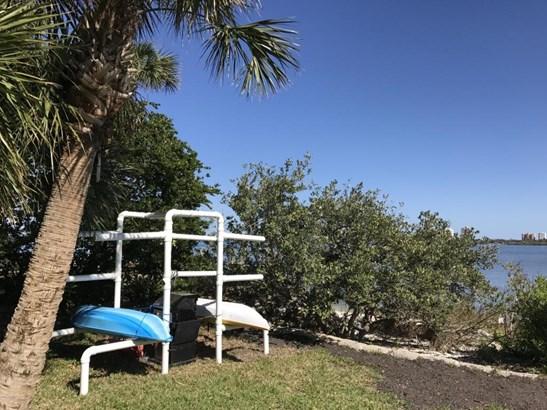 Condominium - South Daytona, FL (photo 4)