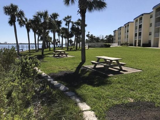 Condominium - South Daytona, FL (photo 5)