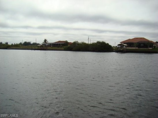1415 Nw 34th Ave, Cape Coral, FL - USA (photo 3)