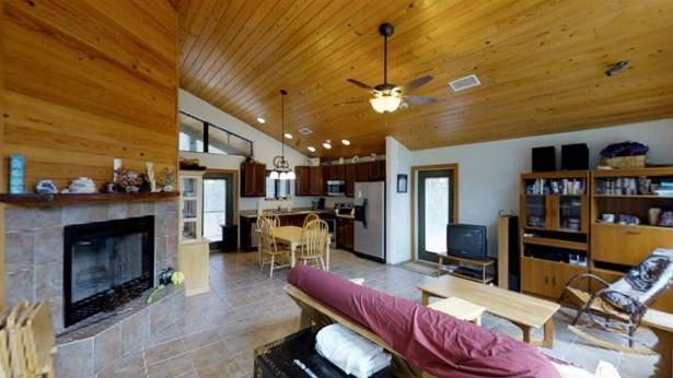 Cottage, Detached - High Springs, FL (photo 3)