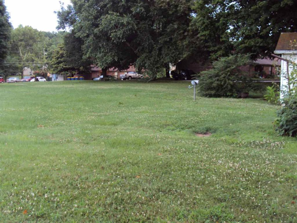 913 W 9th Street, Russellville, KY - USA (photo 2)